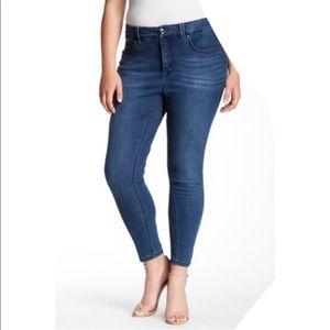 Melissa McCarthy Pencil Jeans